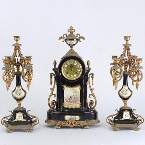 84º Leilão Especial de Artes e Antiguidades - Especial de Acervos e Coleções Particulares!!!